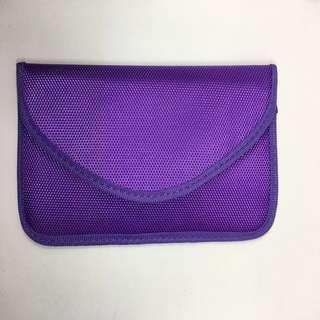 萬人迷福音 - 手機防幅射袋 - 紫色 (2色選)隱身用途,多女伴人仕 或 萬人迷 必備佳品