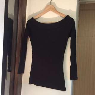 平口 素色 黑色 上衣
