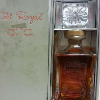 Old Royal Aged 25 Years Crystal Decanter Scotch Whisky 蘇威25年水晶樽 750ml