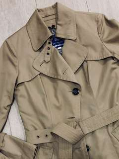 Burberry Classic Trench Coat (Authentic)