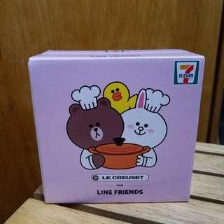 全新未開盒(一盒) 7-11 LE CREUSET FOR Line friends Cony & Brown 圓形鍋 Chico & Pangyo 心形鍋 Choco 心形鍋