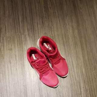 Puma 運動鞋慢跑鞋