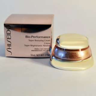 Bio-Performance Advanced Super Restoring Cream Crème Super Régénérate Intensive