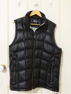 LIGHT WEIGHT DOWN VEST (BLACK)