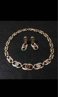 18K Gold Plated Necklace & Clip On Earring Set