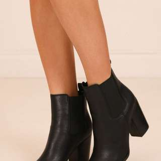 Billini black ankle Jaida boots