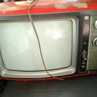 Toshiba Antique TV