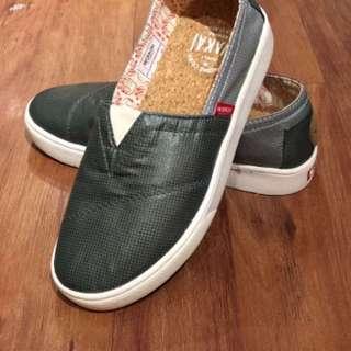 Wakai Style : Hashigo  Color : Green / Grey  Size : 36  Idr : 200k   Original wakai 100%