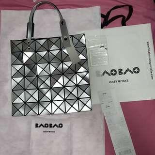 Issey Miyake Baobao bag 6x6 Silver