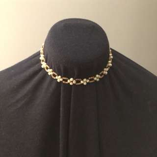 Earth tone choker