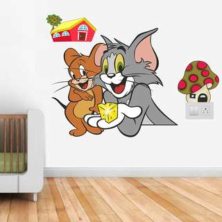 Happy Walls 'Tom and Jerry' Wall Sticker Cartoon Wall Decals/Wall Mural