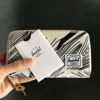 STOCK BARU PREMIUM 😍 HERSCHEL LONG WALLET STOCK LIMITED (Dapat box , appreciation card) promo
