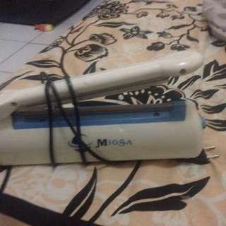 Plastic Sealer Merk Miosa