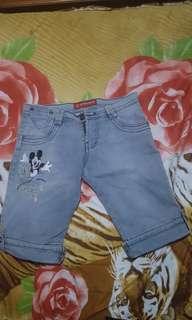 Celana pendek Jeans Wear 3/4