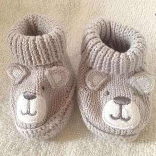 Knitted bear booties 🐻
