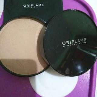 Bedak Oriflame