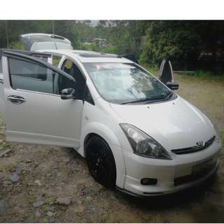 Toyota Wish 2.0 For Sale