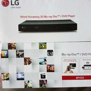 BNIB LG 3D Blu-ray/DVD Player BP450