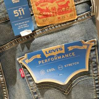 Price Reduced!! Levi's Jeans Coolmax