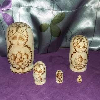 木製俄羅斯娃娃x5