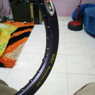 1 Rim alloy  belakang baru whasup 0174930212