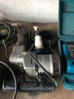 2 x Makita breaker selling $250 each