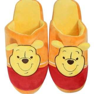 迪士尼WINNIE THE POOH小熊維尼造型線條絨布拖 絨毛拖 拖鞋 室內拖 室內拖鞋