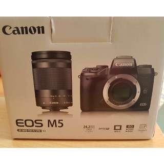 Set: Free lenses + Canon EOS M5 kit