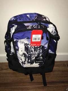 Supreme tnf backpack雪山