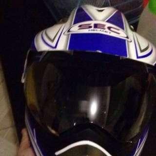 Sec Full faced helmet
