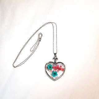 Beautiful bohemian style heart necklace