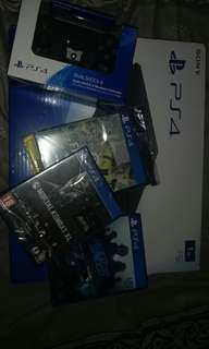 PS4 slim 1TB Console wif games and more