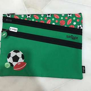 Smiggle Green Pencil Case/File
