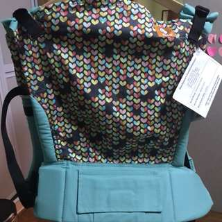 BNWT Standard Tula with Matching Drool Pad