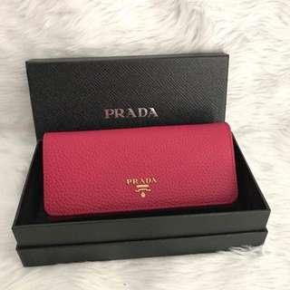 Prada preloved wallet