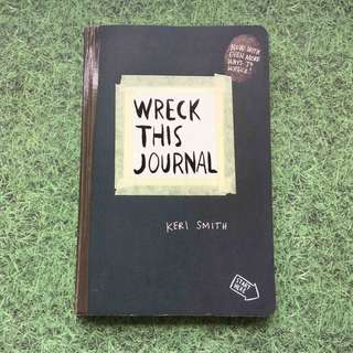 BOOK - Wreck This Journal (Keri Smith)