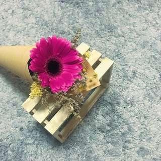 Small bouquet flower bouquet