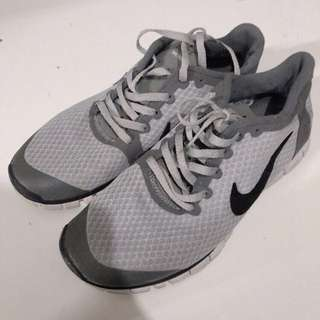 Nike 慢跑鞋 nike run