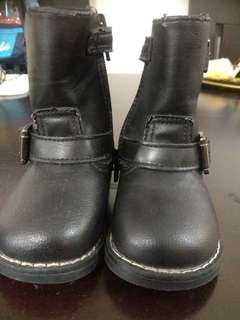 H&m toddler boots #baby30
