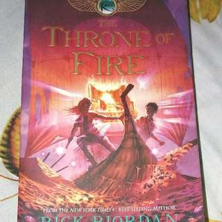 The Throne of FIRE (Rick Riordan)