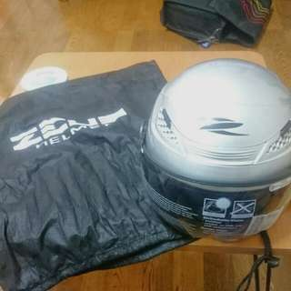 Motorcycle Helmet 安全帽 ZEUS 210C