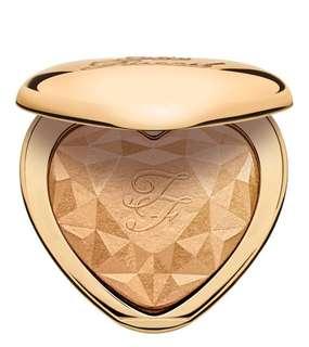 Love Light highlighter *Gold