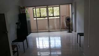 Vacant Whole unit Executive Maisonette for Rent !