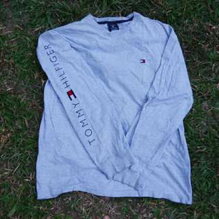 Vintage Tommy Hilfiger Long Sleeves