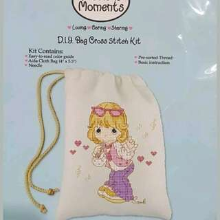 New Precious Moments angel singer Cross Stitch coin makeup pouch bag design