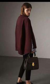 Burberry Red Back Word Non Cap Cape