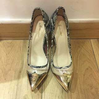 100%全新NEW金色翼紋雕花拼透明拼蛇皮紋高跟鞋 Elegant Wing Tip Sexy High Heels