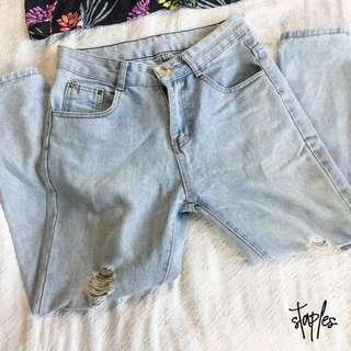 Boyfriend Jeans (Code-Meg) Size 26-27