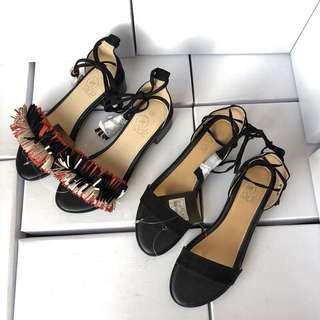 《早·衣服》3月女王節👑復古百搭時尚歐美一字帶流蘇綁帶粗跟涼鞋羅馬鞋(預)