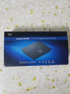(BNIB) Cisco Linksys SE2500 Ethernet switch